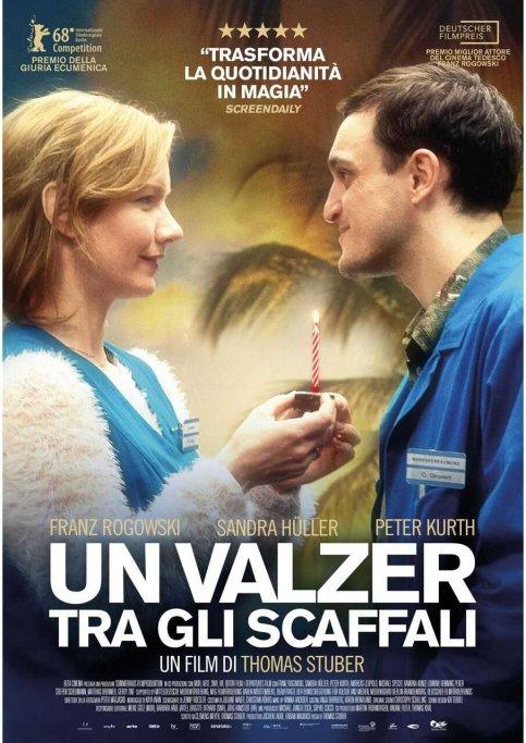 UN VALZER TRA GLI SCAFFALI recensione l'occhio del cineasta poster